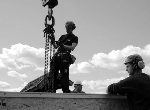 Hus byggs på en dag – med Lättelements hjälp